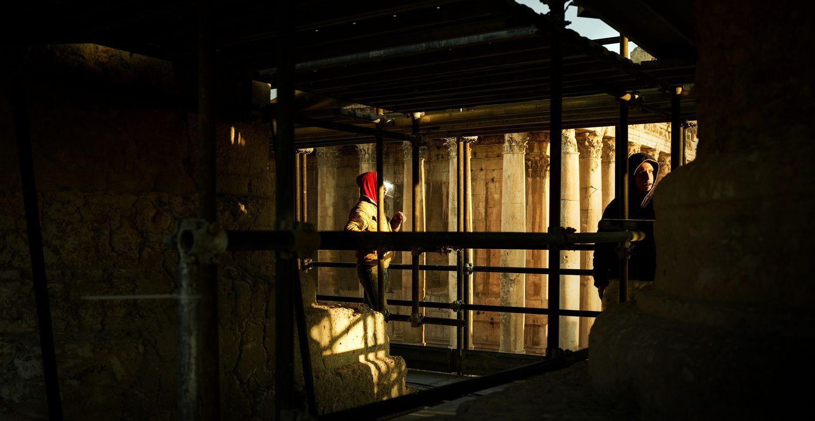 Baalbek, Liban, 2018 - Au sein de l'ancienne cité phénicienne les colonnes du temple de Baalbek ...