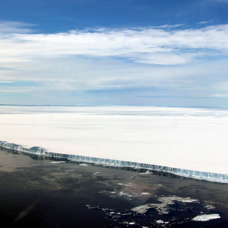 A-68 : Le plus grand iceberg au monde se rapproche de la Géorgie du Sud