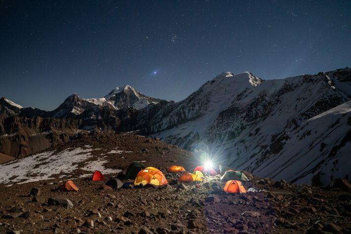 04 night camping