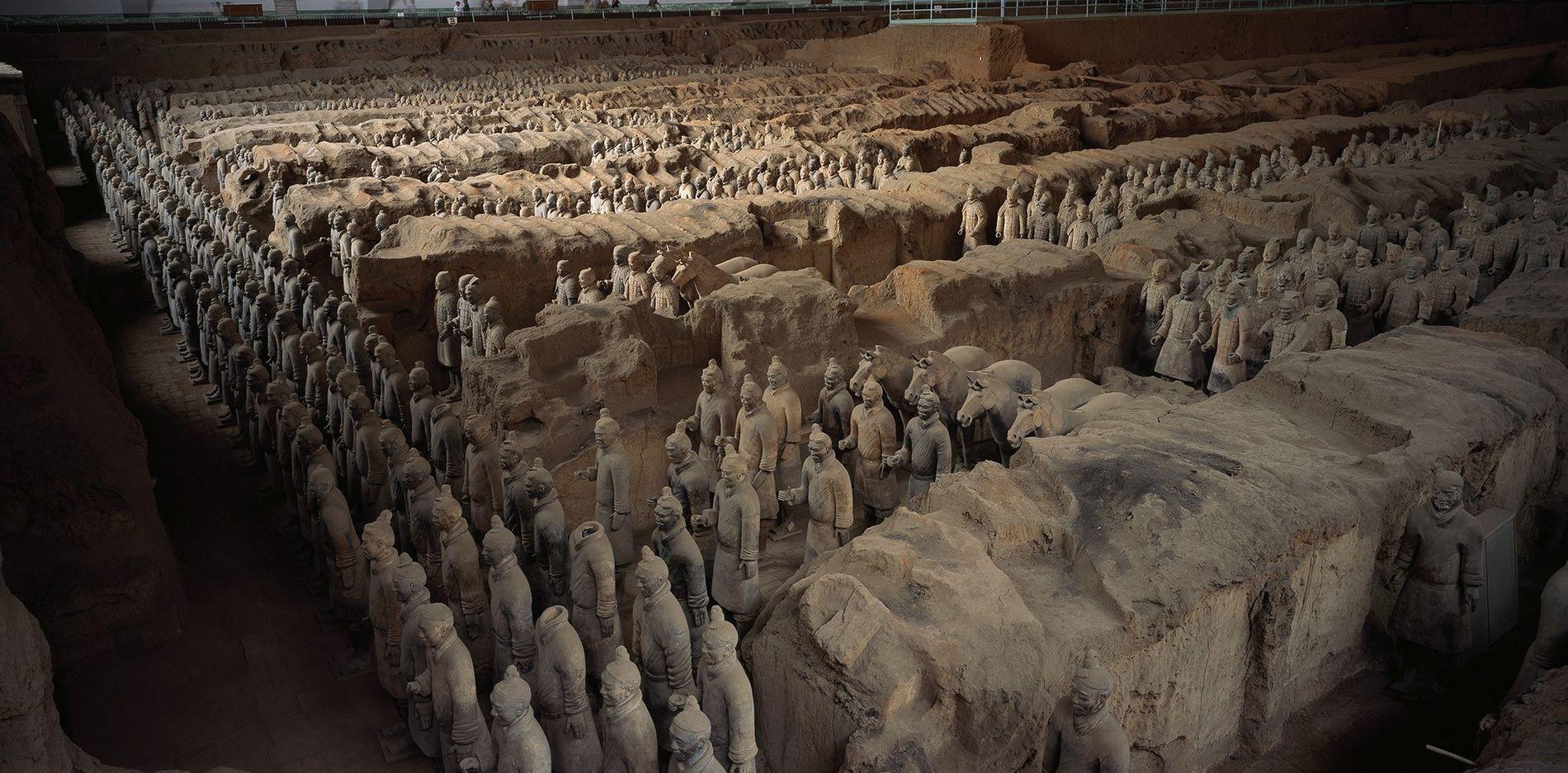 01-China-Emperor-Tomb-Terracotta