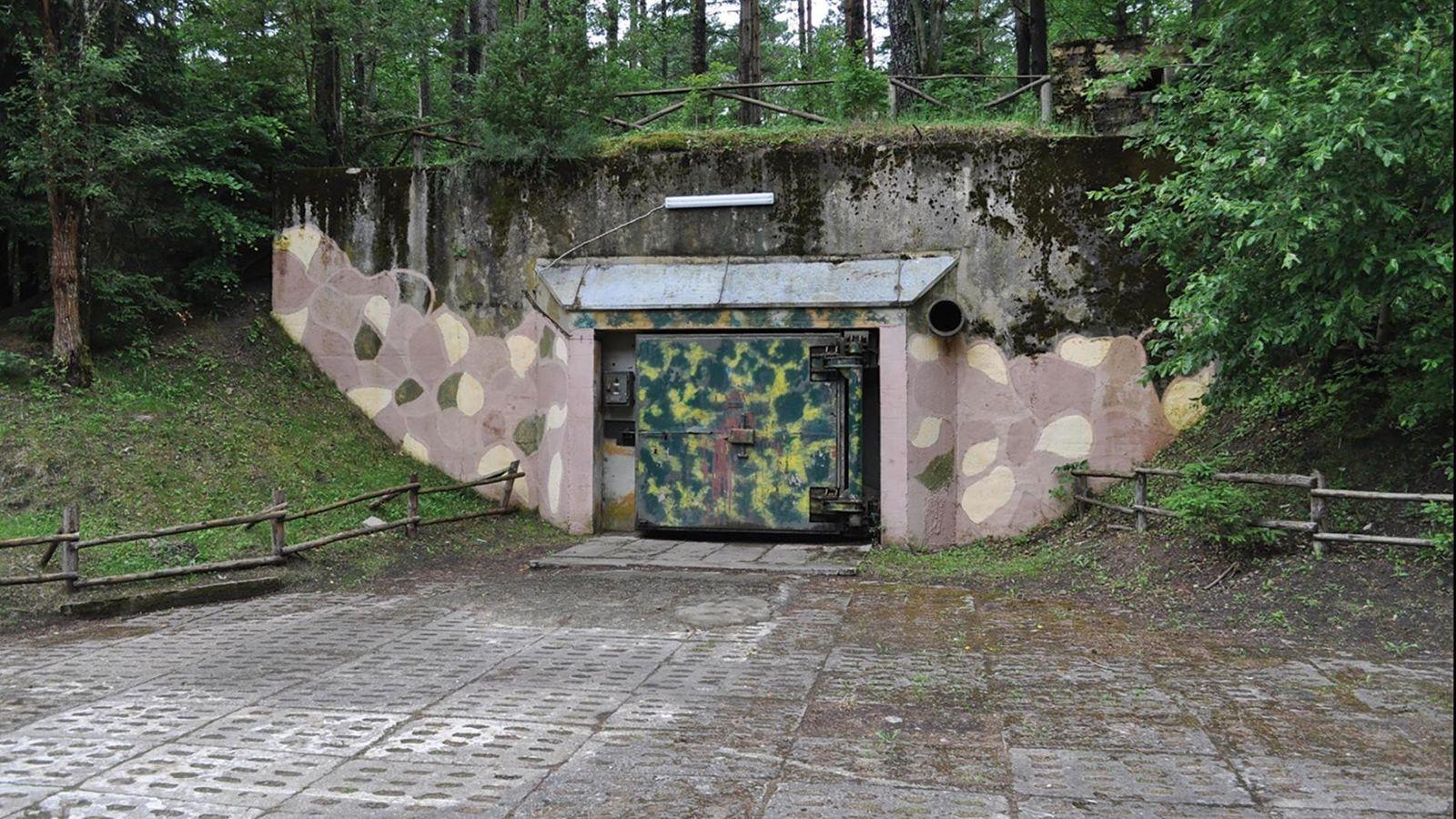 Un bunker militaire à Podborsko. Pendant la guerre froide, la plupart des citoyens polonais ignoraient que ...