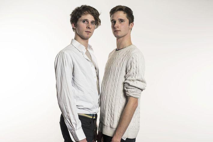 En raison d'un processus biologique appelé recombinaison génétique, mêmes les jumeaux qui passent les tests d'héritage ...