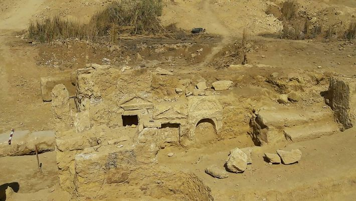 Le Ministère égyptien des Antiquités a indiqué de plus amples excavations allaient être menées cette année.