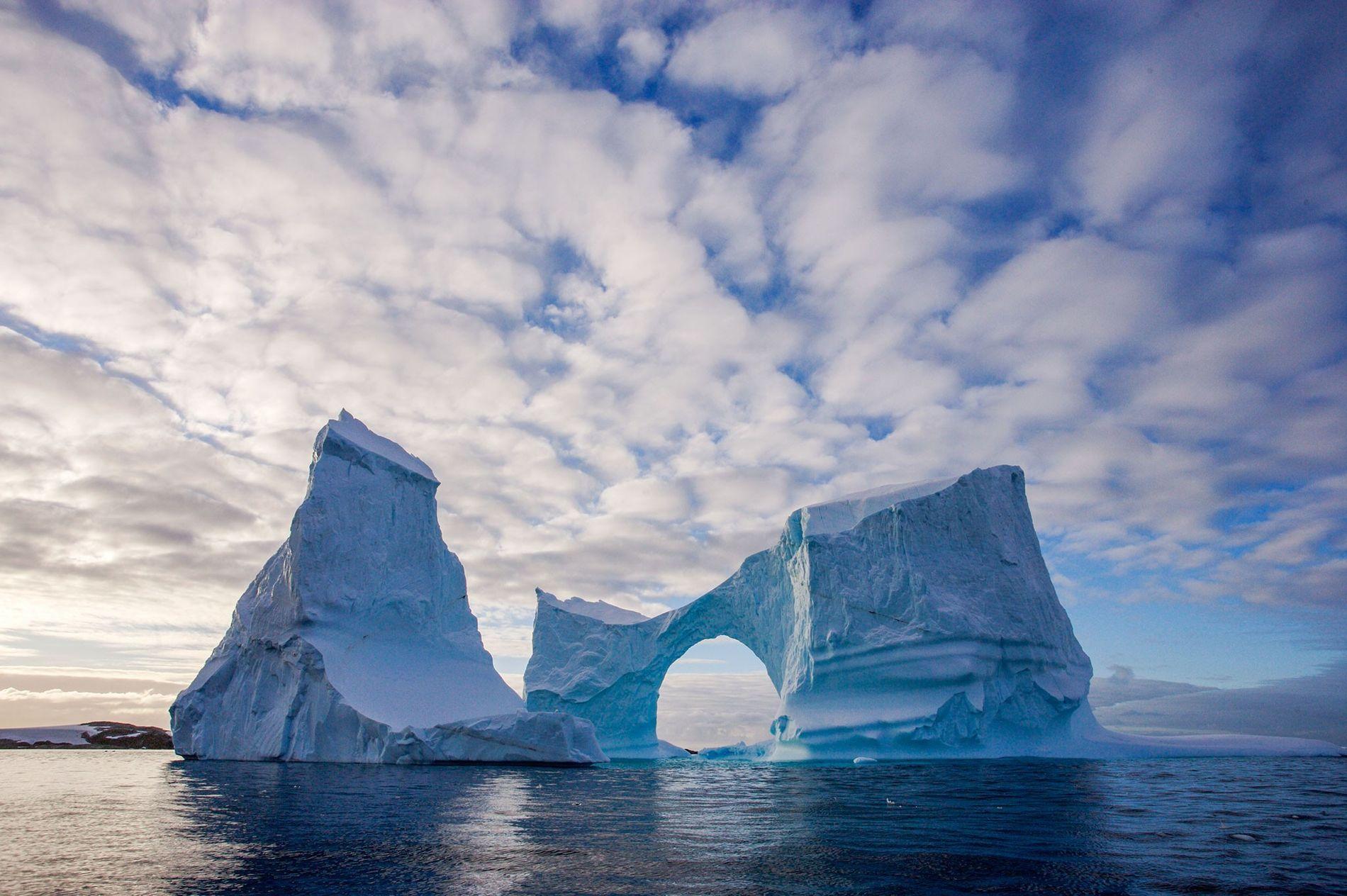 D'après de nouvelles données scientifiques, le trou de la couche d'ozone au-dessus de l'Antarctique est en train de se refermer.