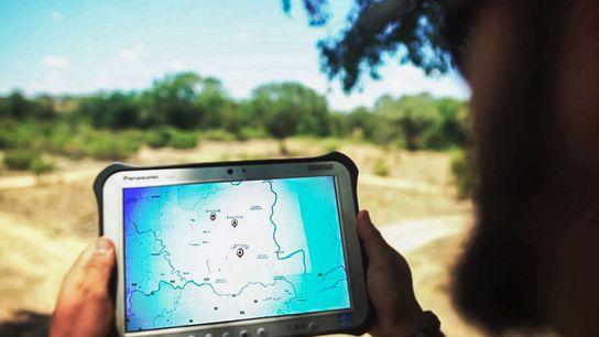 Dans une réserve d'Afrique du Sud, un nouveau dispositif d'alerte ultra-moderne permet aux gardes-forestiers d'empêcher des ...