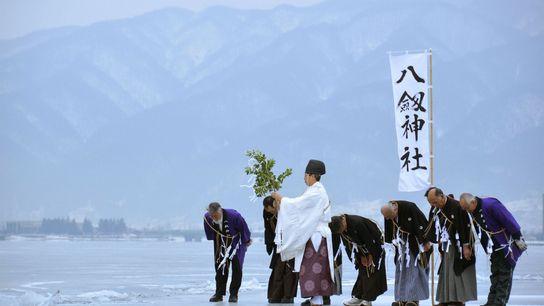 01-moine-shinto-lac-suwa