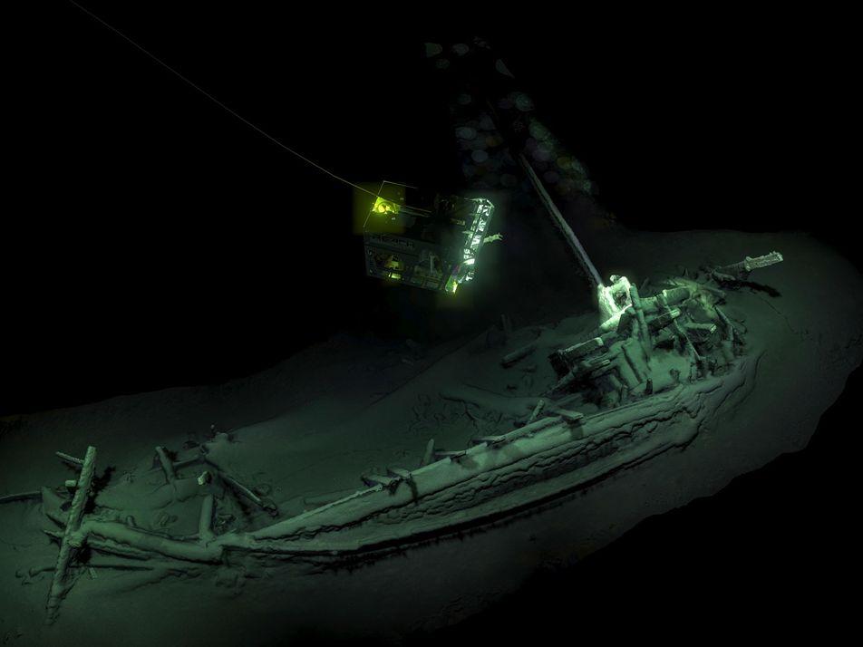 Une épave intacte de 2 400 ans mise au jour dans la mer Noire