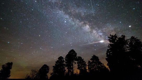 01-skyguide-meteor-shower