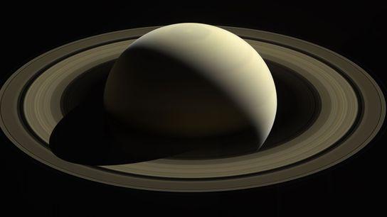 La sonde Cassini de la NASA a capturé cette image de Saturne et ses principaux anneaux ...
