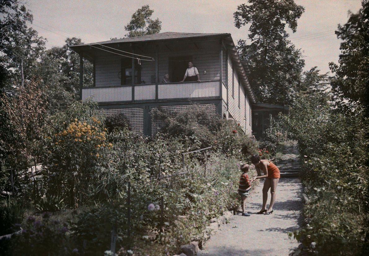 Dans une petite maison de vacances au bord du lac Hopatcong, dans le New Jersey, une ...