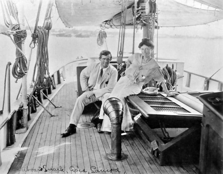 Jack London en compagnie de sa seconde épouse, Charmian Kittredge, en 1907.