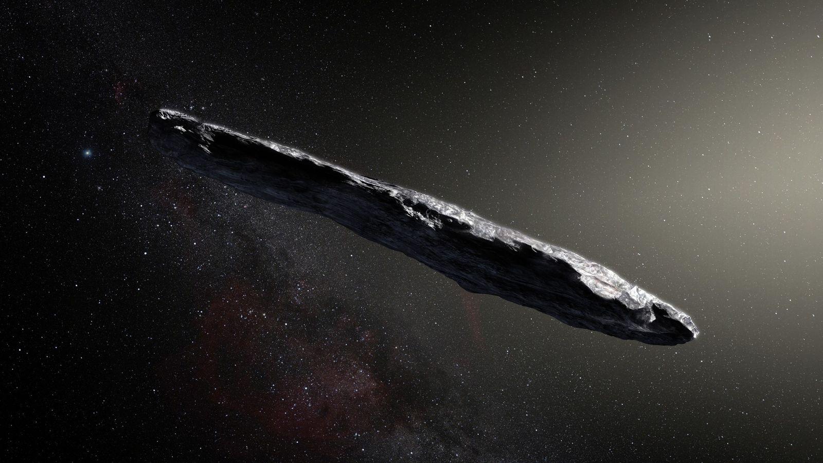 L'impression de cet artiste montre le premier corps interstellaire jamais détecté dans notre système solaire: 'Oumuamua. ...
