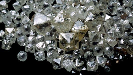 Un quadrillion de tonnes de diamants se trouverait sous la surface de la Terre