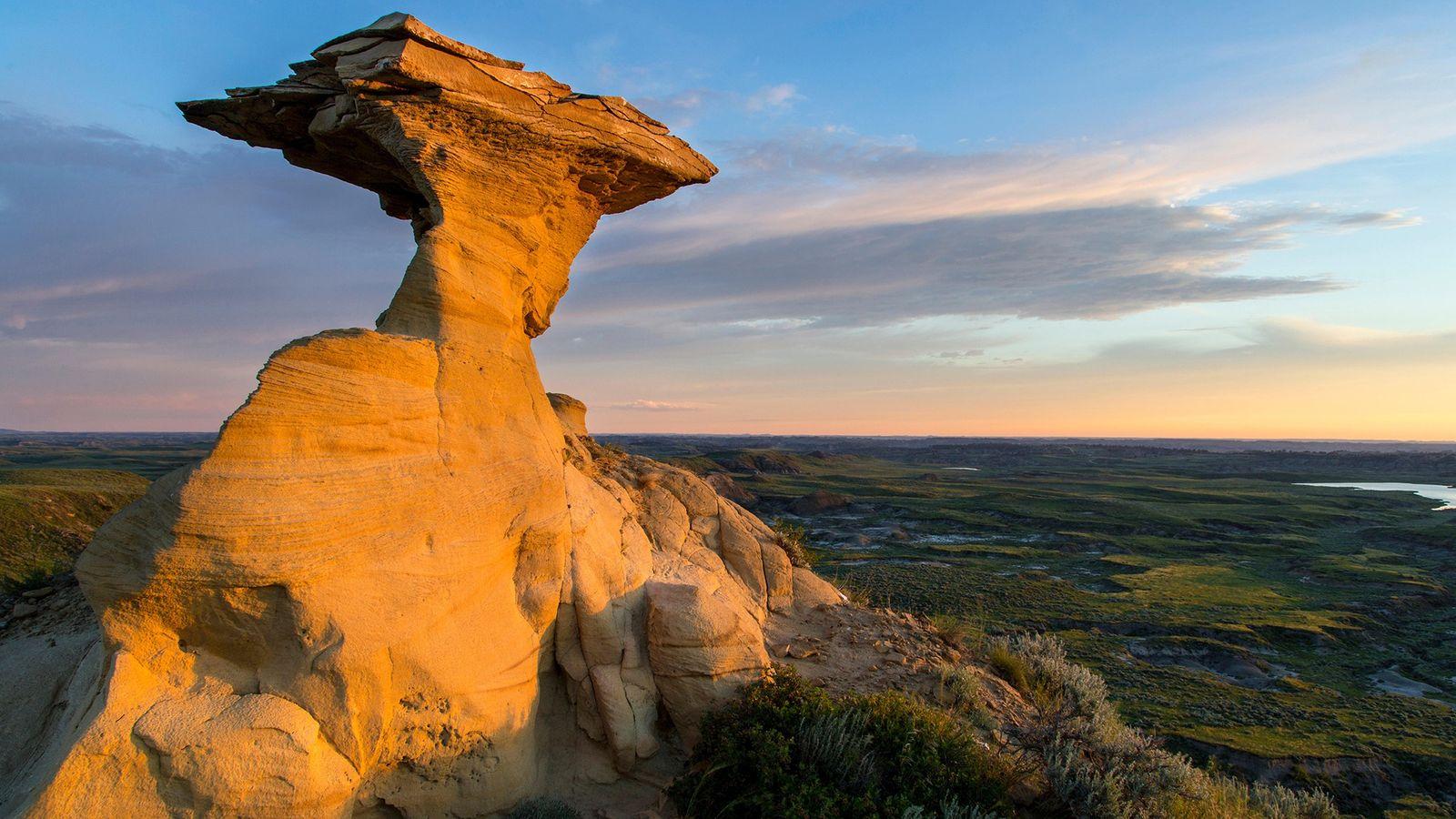Les strates rocheuses de la formation de Hell Creek dans l'ouest des États-Unis conservent le dernier ...