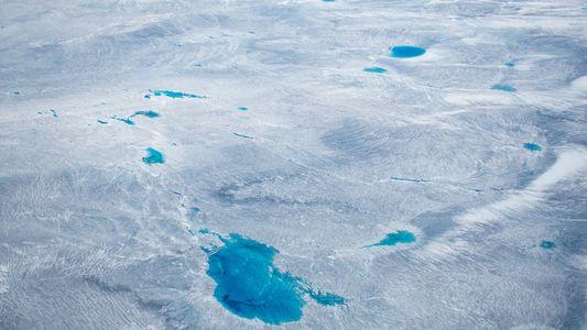 Au Groenland, la glace fond quatre fois plus vite que ce que les scientifiques prévoyaient