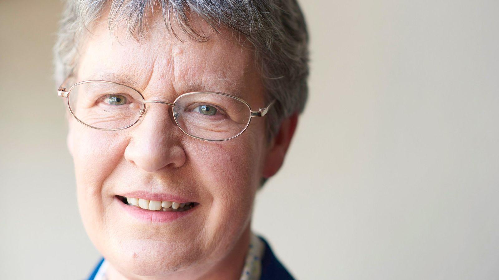 Jocelyn Bell Burnell a découvert pour la première fois le pulsar alors qu'elle étudiait à l'Université ...