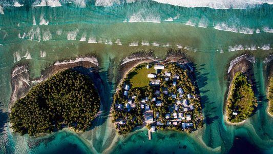 Déménager ou surélever : le choix impossible des espaces insulaires