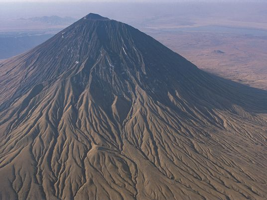 Éruption imminente de la « montagne des Dieux » en Tanzanie