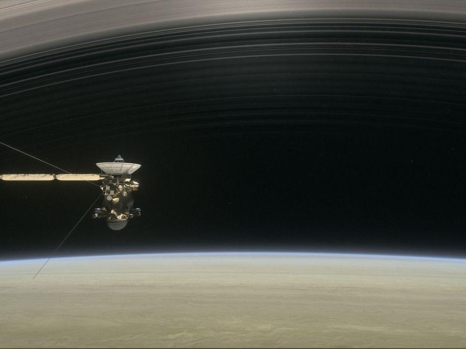 Découverte : de la pluie tombe des anneaux de Saturne