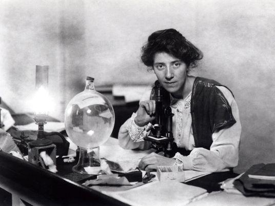 Comment la Première Guerre mondiale a permis aux femmes scientifiques de faire leurs preuves