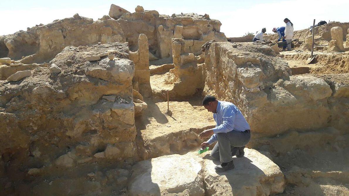 Découverte d'un temple greco-romain en Égypte