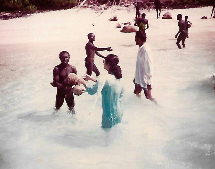 Madhumala Chattopadhyay a pris part aux deux visites réalisées sur l'île de North Sentinel en 1991, ...