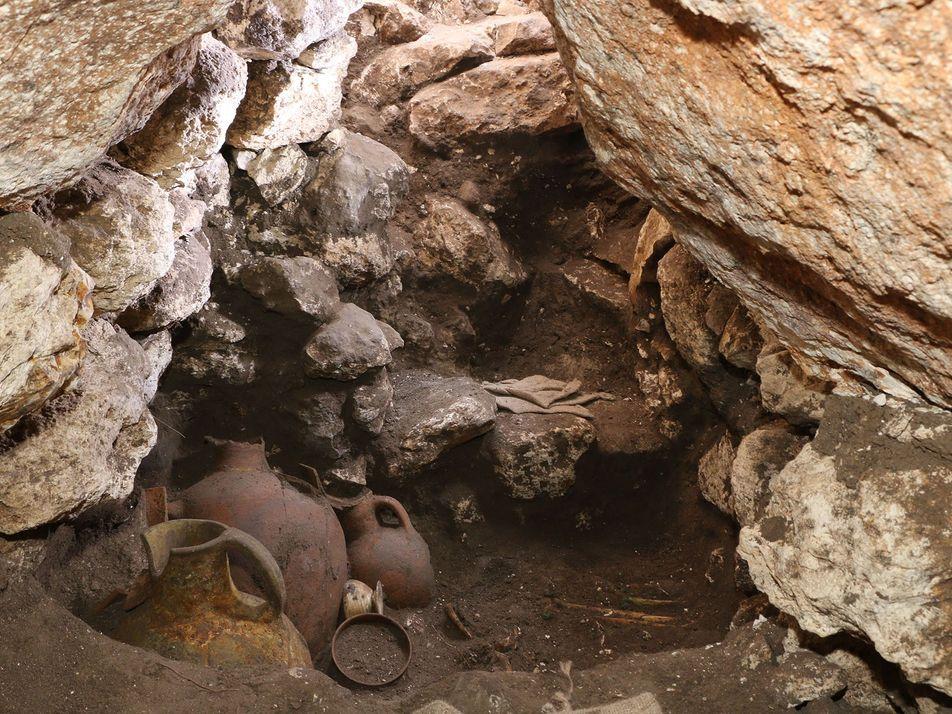 Exclusif : un tombeau royal a été mis au jour dans la région antique de Canaan