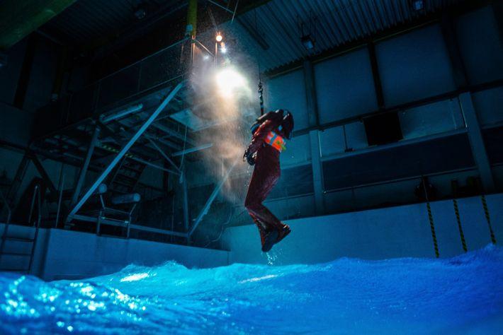 Si un passager du Polarstern venait à passer par-dessus bord, il se peut qu'il soit secouru ...