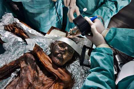 L'ascension mortelle de l'homme des glaces Ötzi retracée par la science