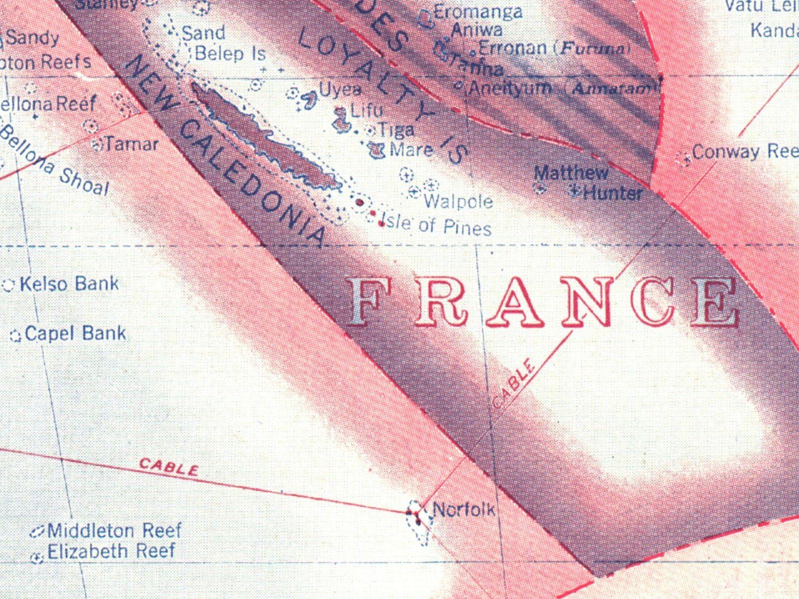 Sandy Island, qui apparaît dans le coin supérieur gauche de cette carte National Geographic de 1921, ...