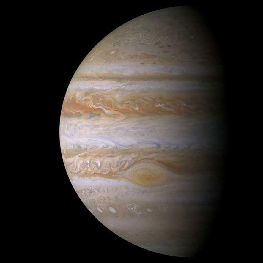Cassini a visité Jupiter en se rendant vers Saturne, effectuant son vol le plus rapproché de ...