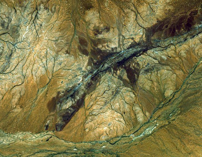 Cette photographie de la région de Jack Hills en Australie a été prise par le satellite ...