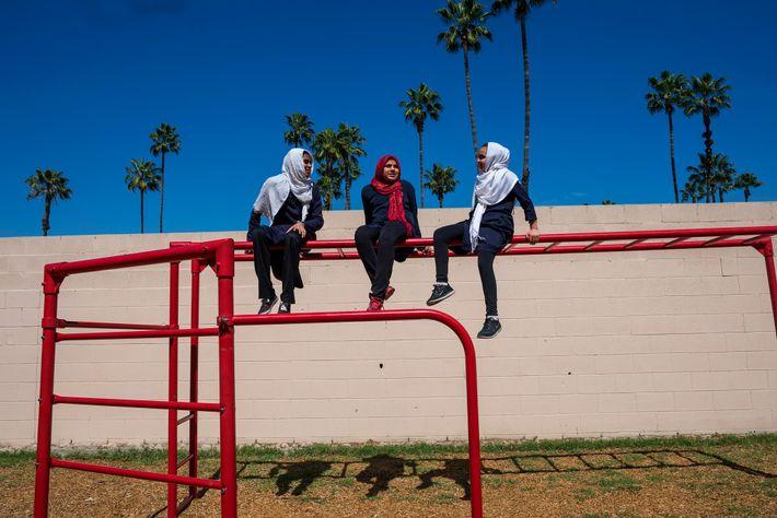 Des élèves de la City of Knowledge School. Celle-ci  a été fondée en 1994 à ...