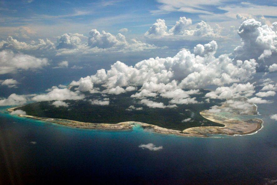 La tribu des Sentinelles vit depuis des milliers, voire des centaines de milliers d'années, sur l'île ...