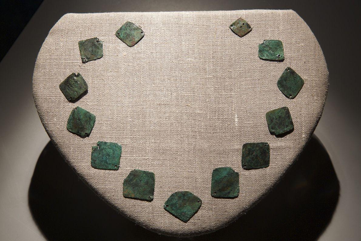 Image d'un collier en cuivre