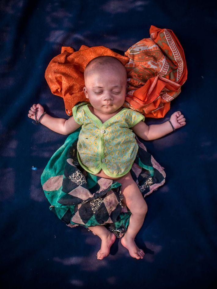 Un bébé sans nom âgé de 18 jours, né à Cox's Bazar.