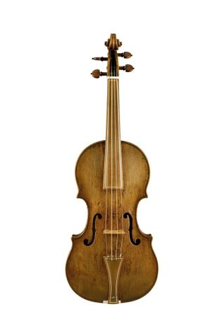 Ce violon, qui a été fabriqué par Andrea Amati pour le roi de France Charles IX, ...