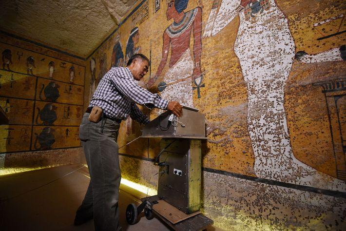 Des chambres secrètes dans le tombeau de Toutankhamon