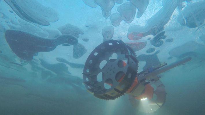 BRUIE, un rover sous-marin, est testé sous les couches de glace de l'Antarctique à la recherche ...