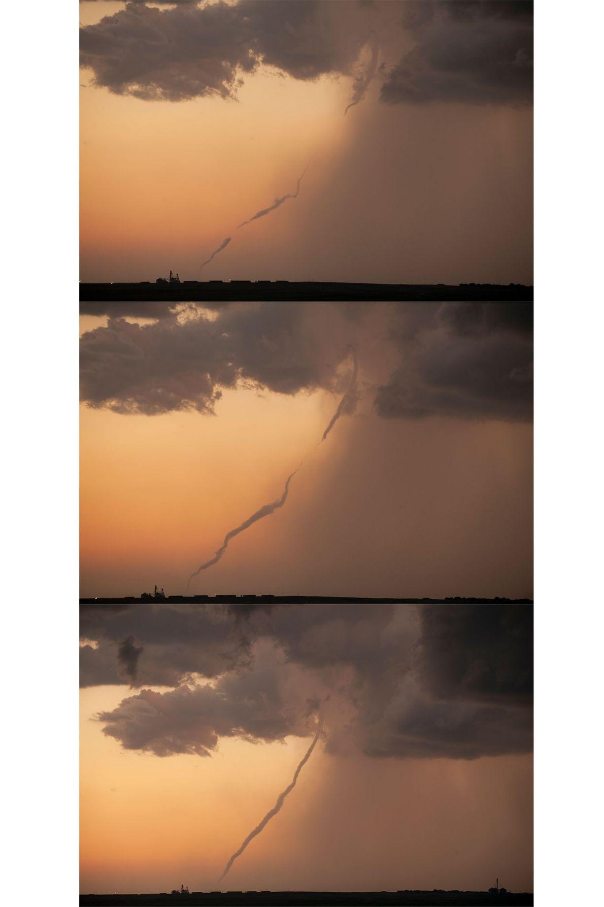 Ces trois clichés suivent la formation de l'entonnoir d'une tornade dans le Kansas. Les conditions climatiques ...