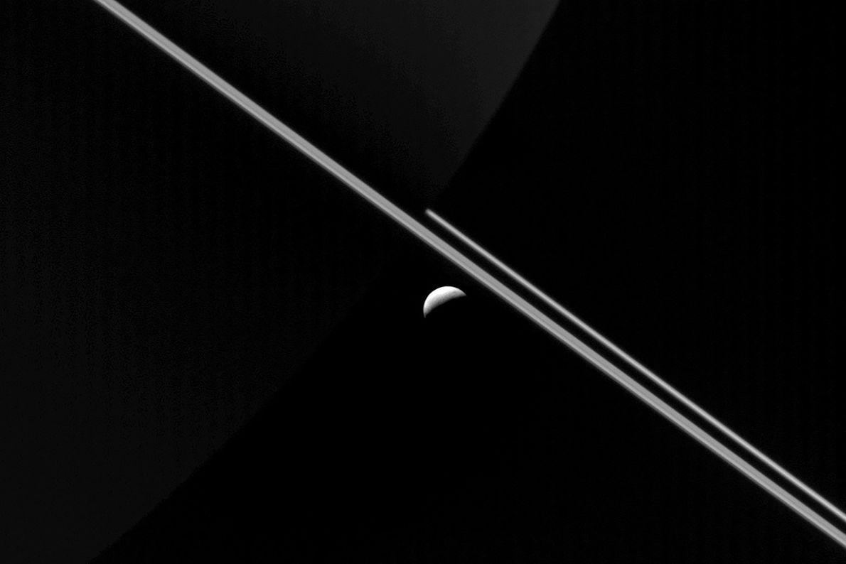 04-enceladus