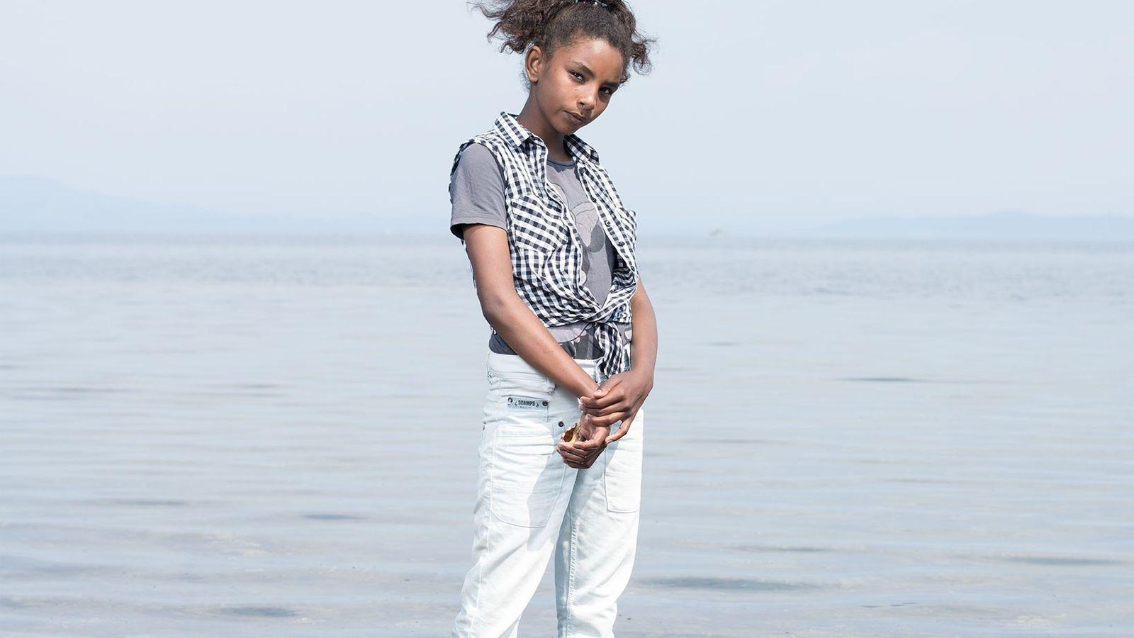 Riham Saad, 12 ans, est née et a grandi à Damas. Elle et sa famille vivent ...