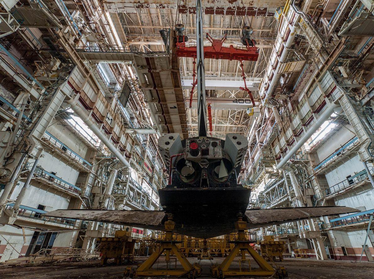 Image de l'arrière d'une navette spatiale russe