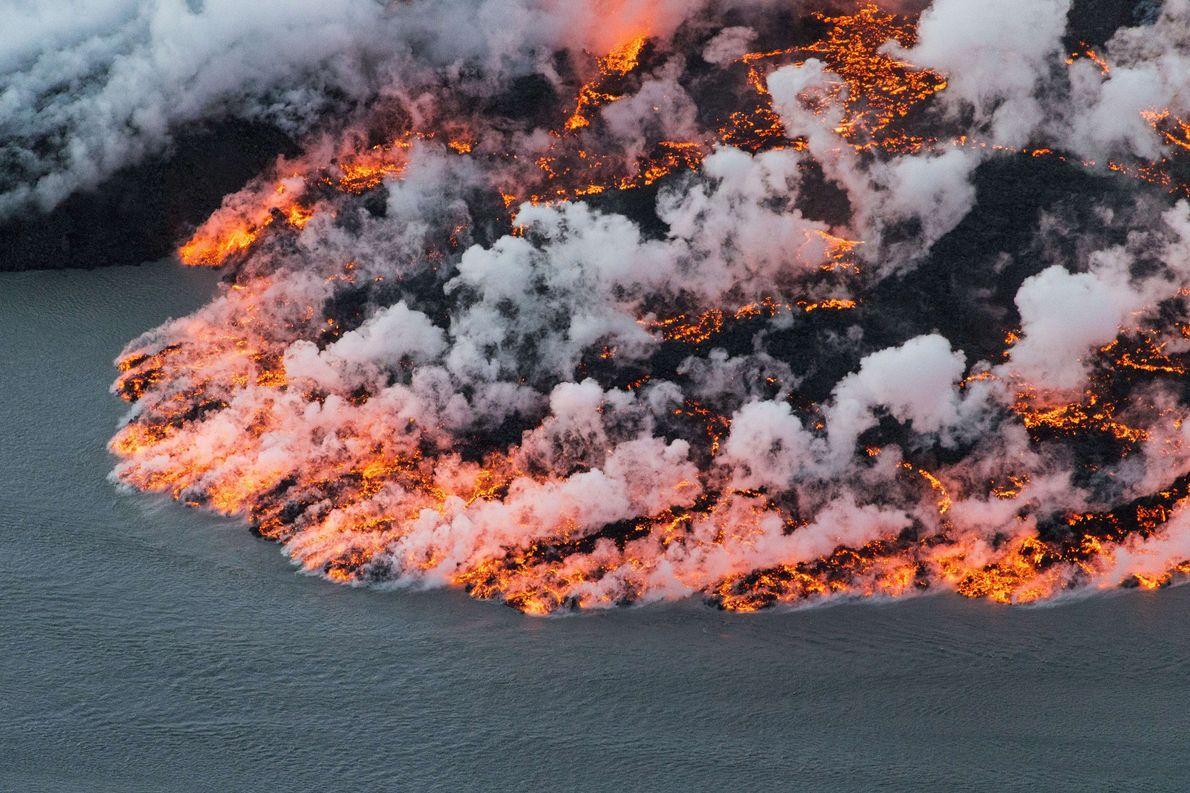 En Islande, le volcan Bárðarbunga repousse tous les extrêmes : son cratère central est enfoui sous ...