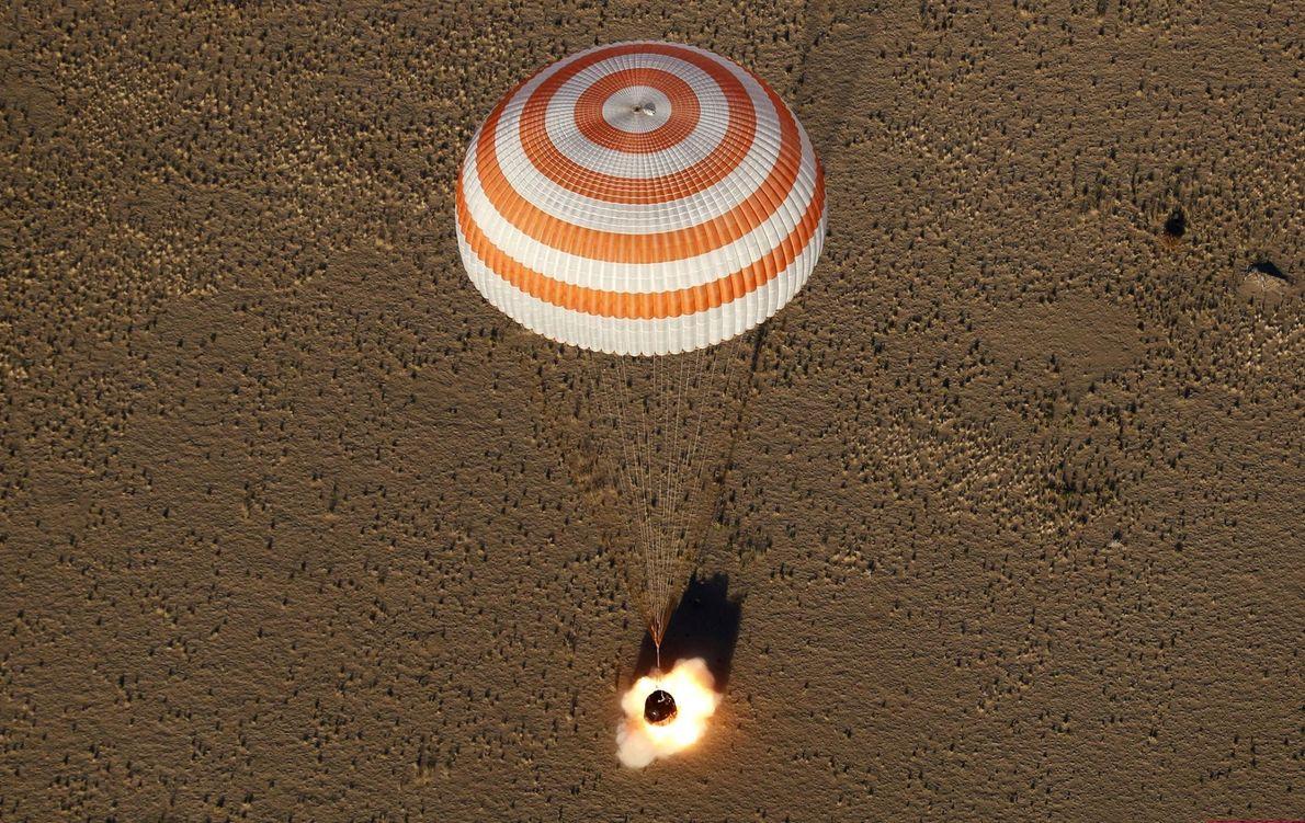 La capsule spatiale Soyouz MS-08 a atterri dans une région reculée du Kazakhstan le 4 octobre. ...