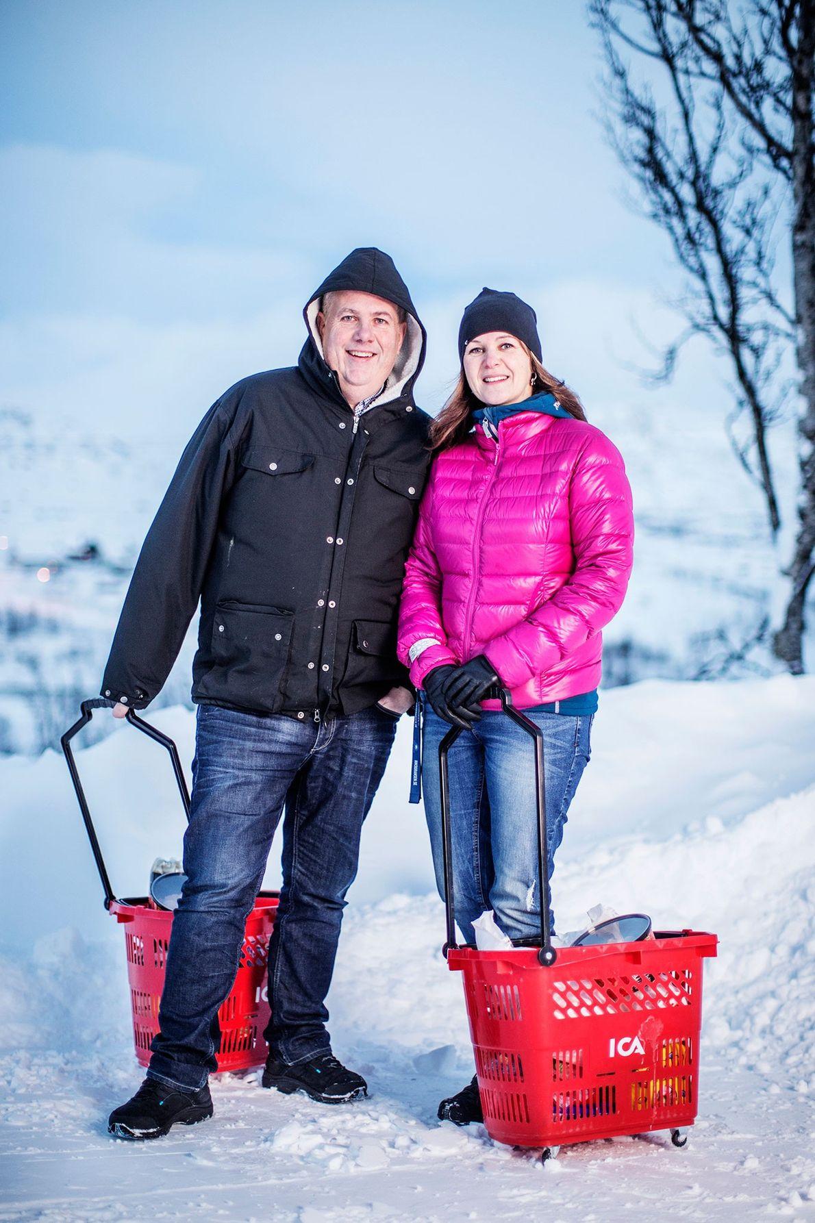 "Image de Jean-Paul ""JP"" Pozzi, manager de Riksgränsen, avec sa compagne Kristiina Lampinen"