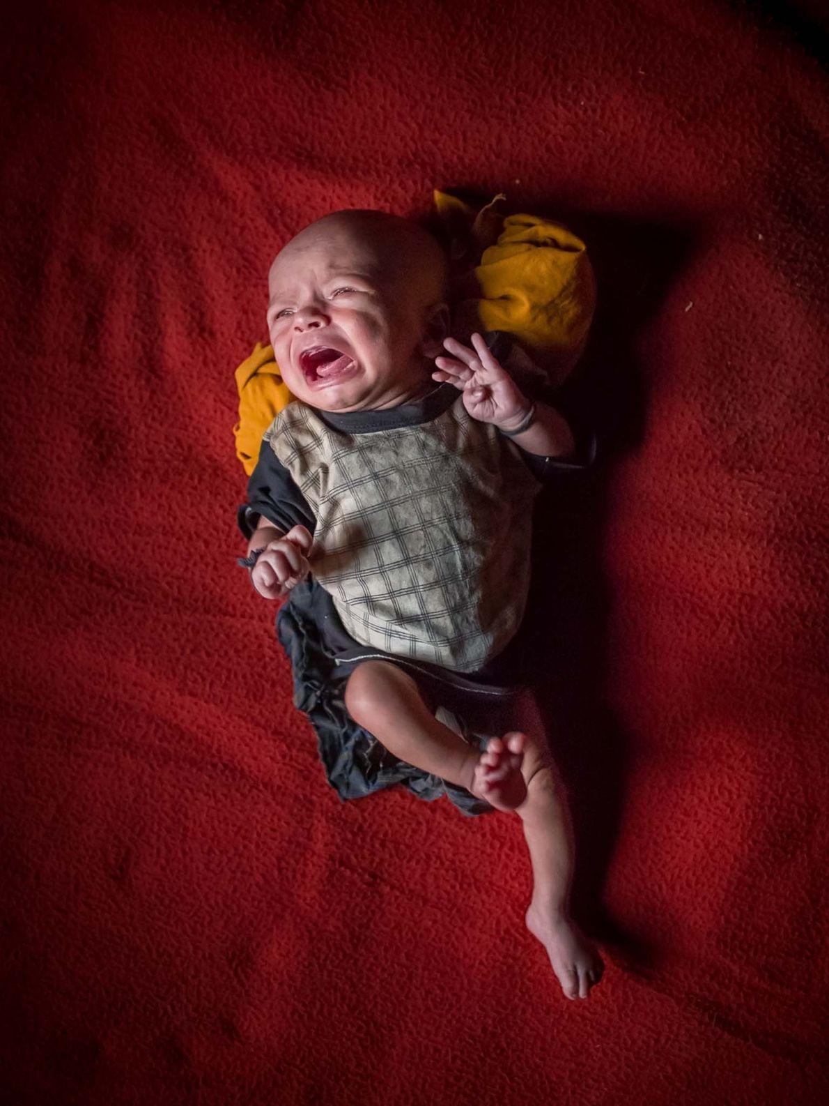 Un bébé sans nom âgé de 15 jours. La Birmanie et le Bangladesh ne leur ayant ...