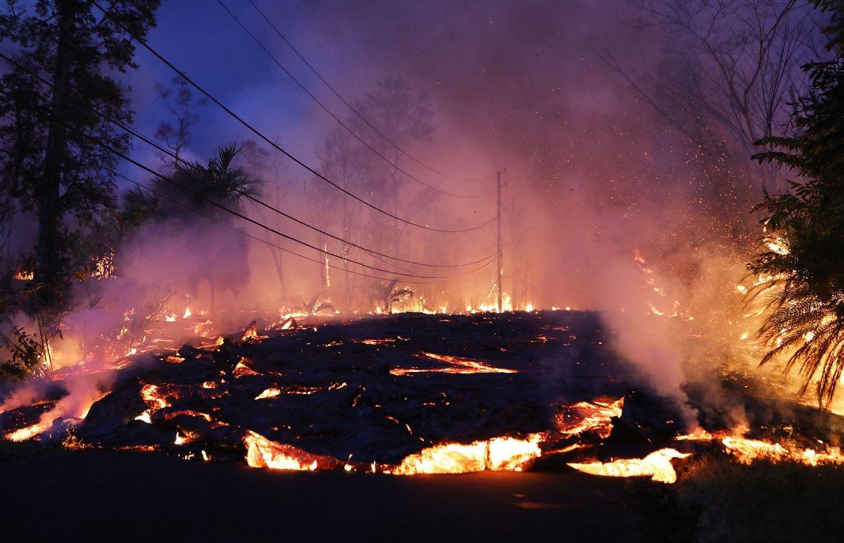 En 2018, le volcan hawaïen Kilauea concluait en apothéose près de trente ans d'éruptions permanentes avec ...