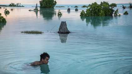 Les habitants des îles du Pacifique apprennent à vivre avec le changement climatique