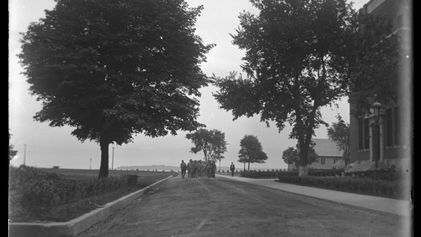 En images, la longue histoire de Hart Island